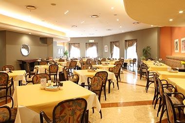 ランチレストラン「フェリエ」