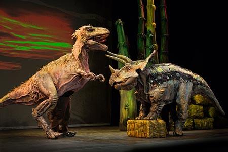 2恐竜どうぶつ園2018DINOSAUR ZOO LIVE.  Photo C. Waits
