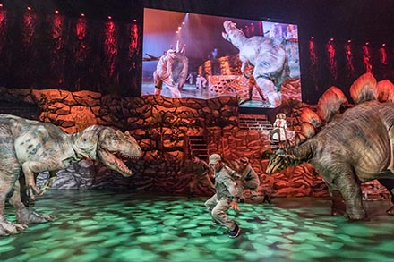 恐竜ライブ特設06